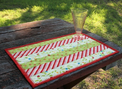 Holly Jolly Stripped Placemat from BOMquilts.com